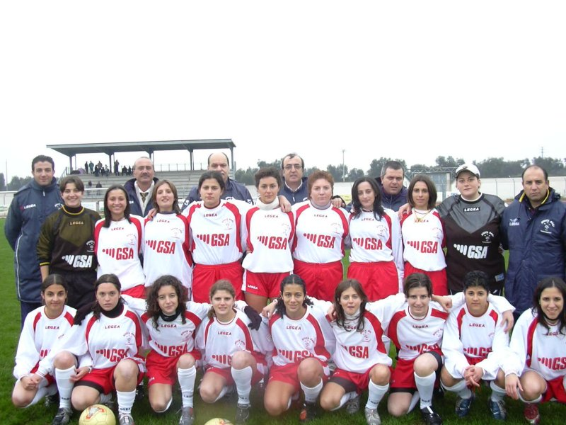 Nuova C >> Calcio Donne Net Immagini di periferia